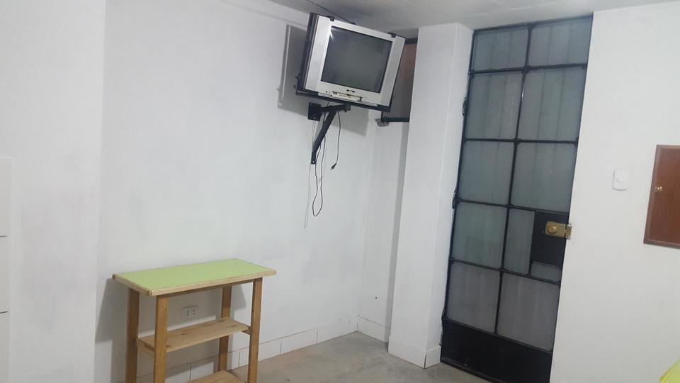 Alquiler de Habitación en La Victoria, Lima con 1 baño