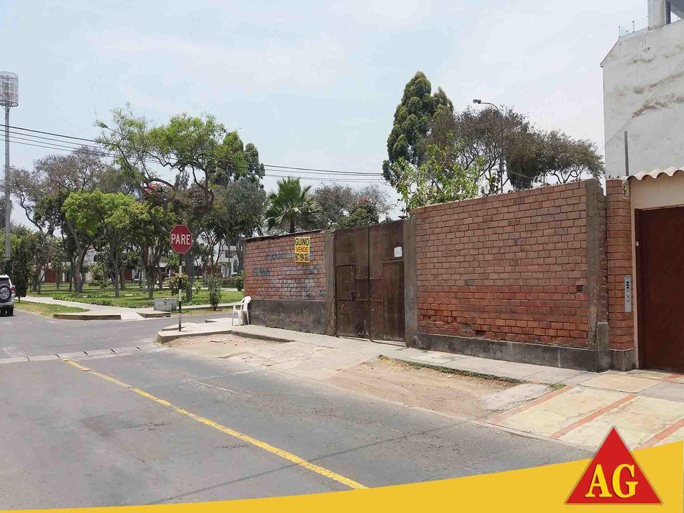 Venta de Terreno en La Molina, Lima 275m2 area total - vista principal