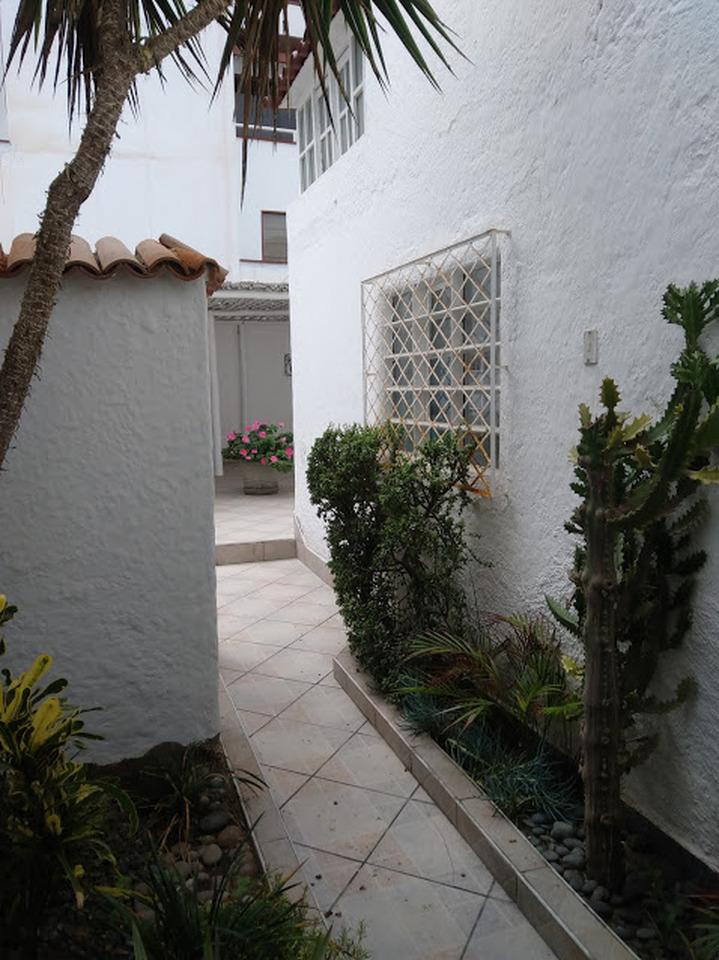 Alquiler de Casa en Punta Hermosa, Lima - con 2 baños