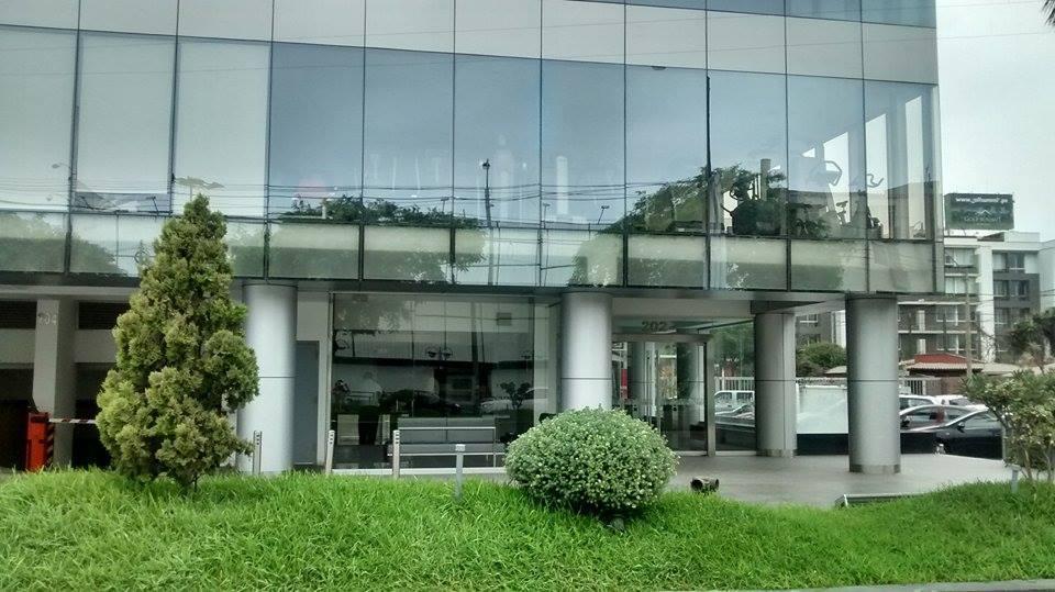 Venta de Oficina en Santiago De Surco, Lima con 4 baños - vista principal