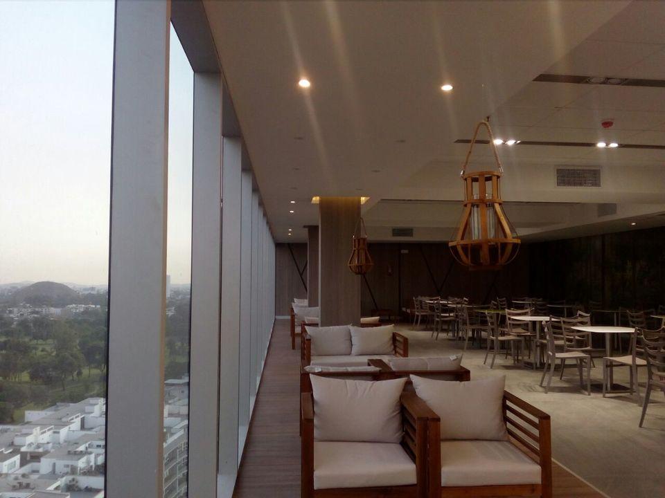 Venta de Oficina en Santiago De Surco, Lima con 2 baños - vista principal