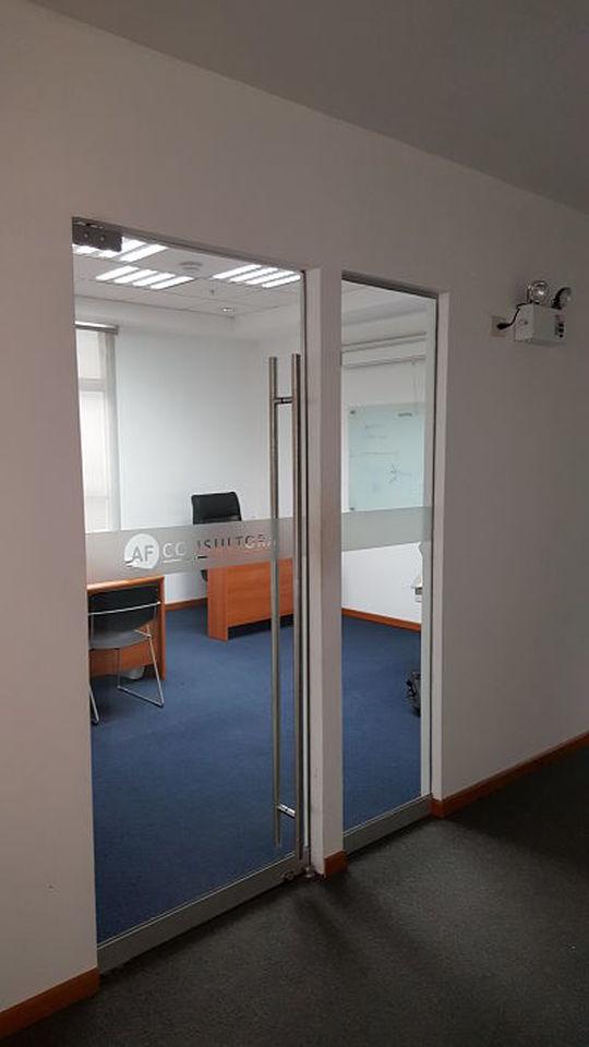 Venta de Oficina en Lima amoblado -vista 8