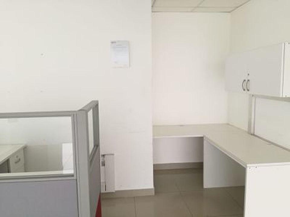 Alquiler de Oficina en Santiago De Surco, Lima - 233m2 area total