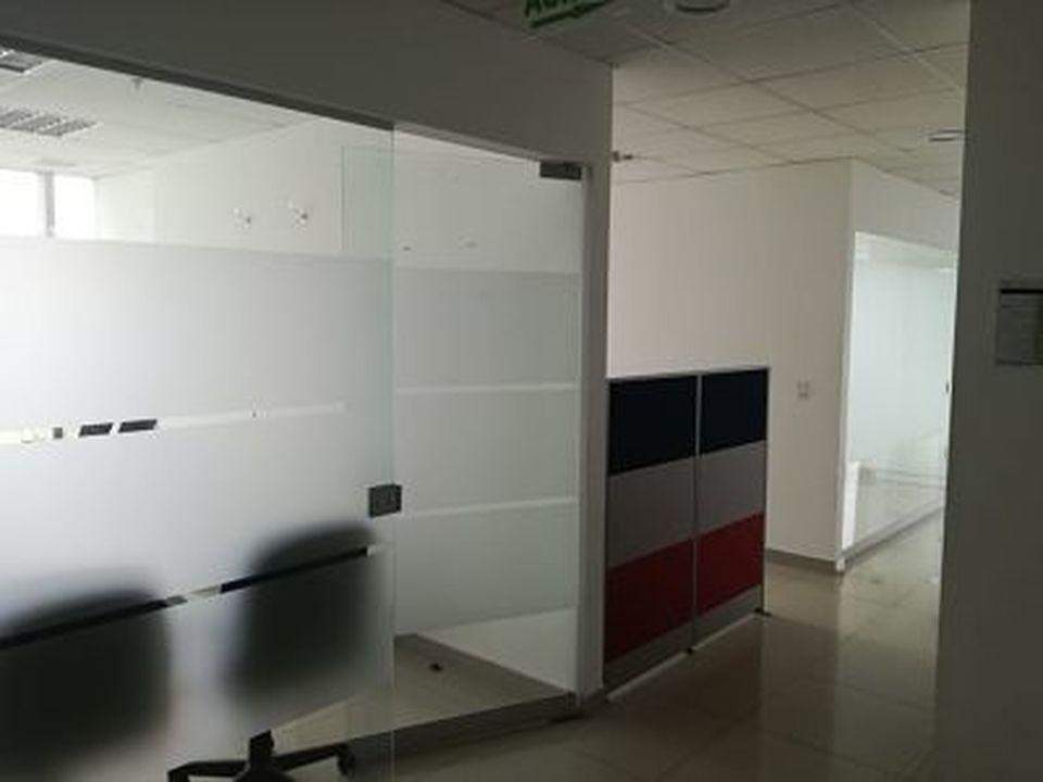 Alquiler de Oficina en Santiago De Surco, Lima - con vista al mar