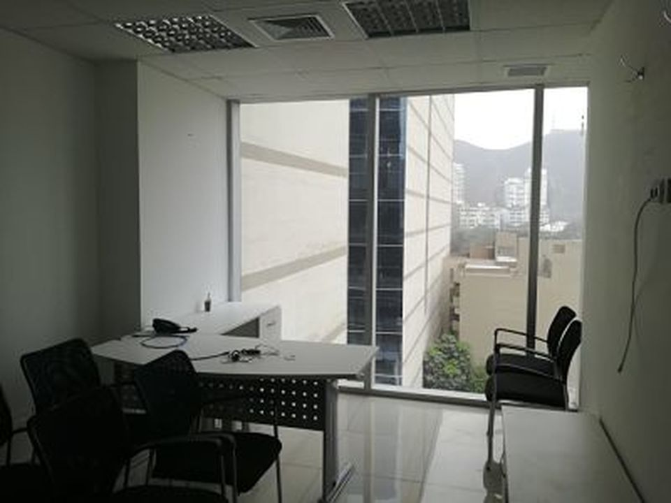 Alquiler de Oficina en Santiago De Surco, Lima -vista 8