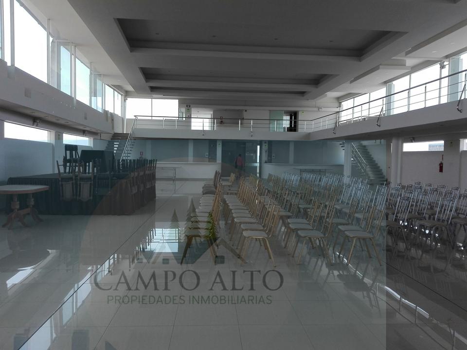 Alquiler de Local en Arequipa con 20 baños 900m2 area total - vista principal