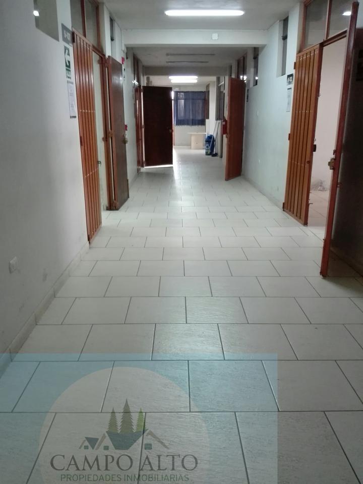 Alquiler de Local en Arequipa con 20 baños - de 2 pisos