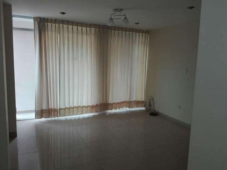 Alquiler de Departamento en Arequipa con 3 dormitorios con 1 baño