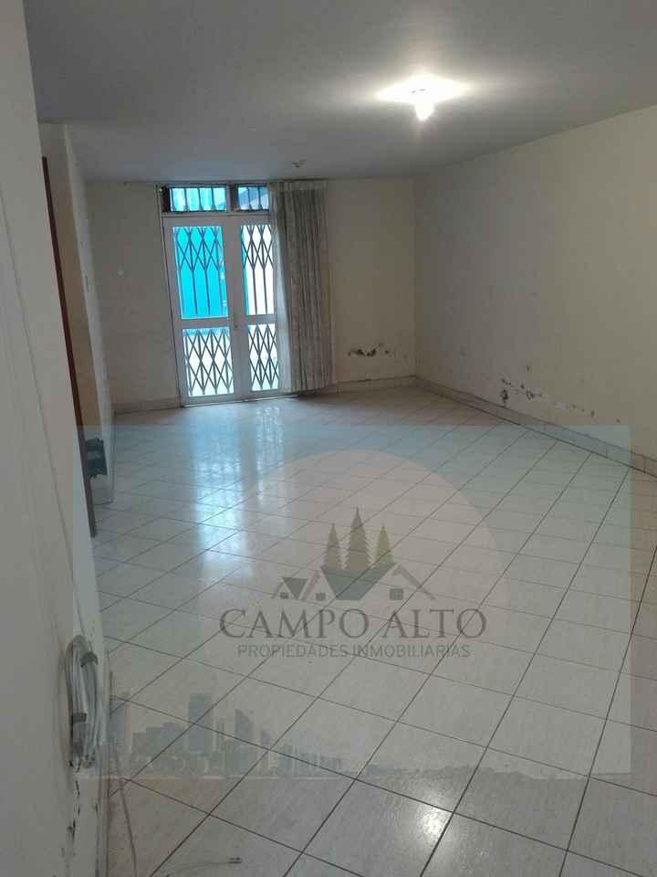 Venta de Casa en Arequipa con 4 dormitorios con 2 baños - vista principal