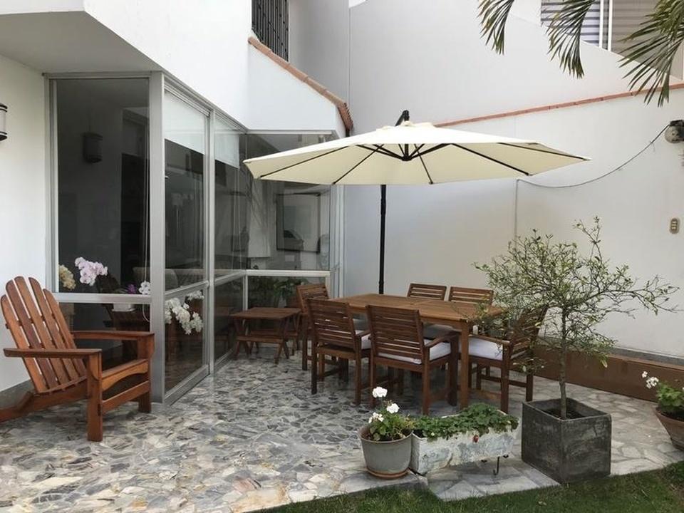 Alquiler de Casa en San Borja, Lima - con 1 estudio