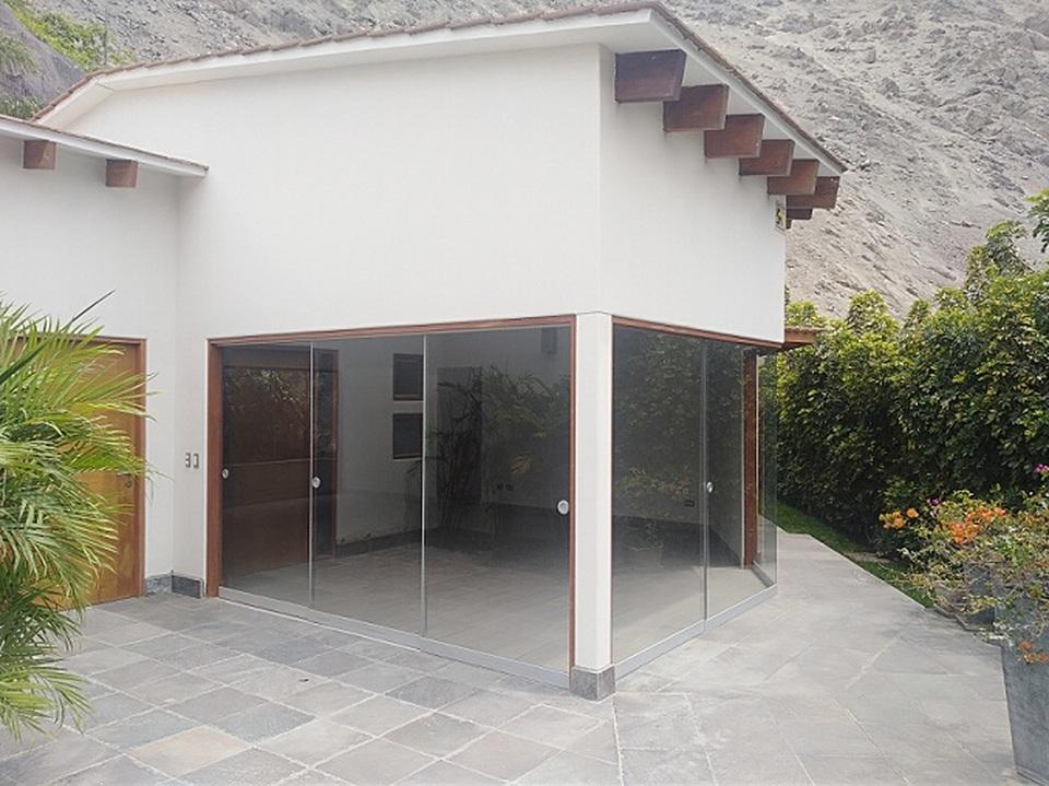 Alquiler de Casa en La Molina, Lima - con 2 estacionamiento