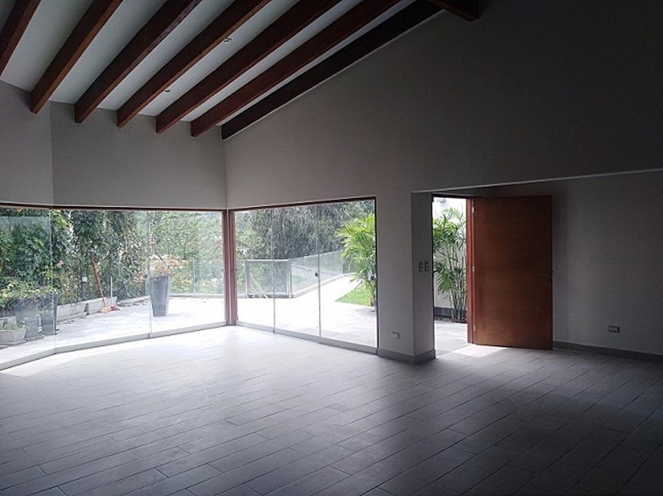 Alquiler de Casa en La Molina, Lima - 125m2 area construida