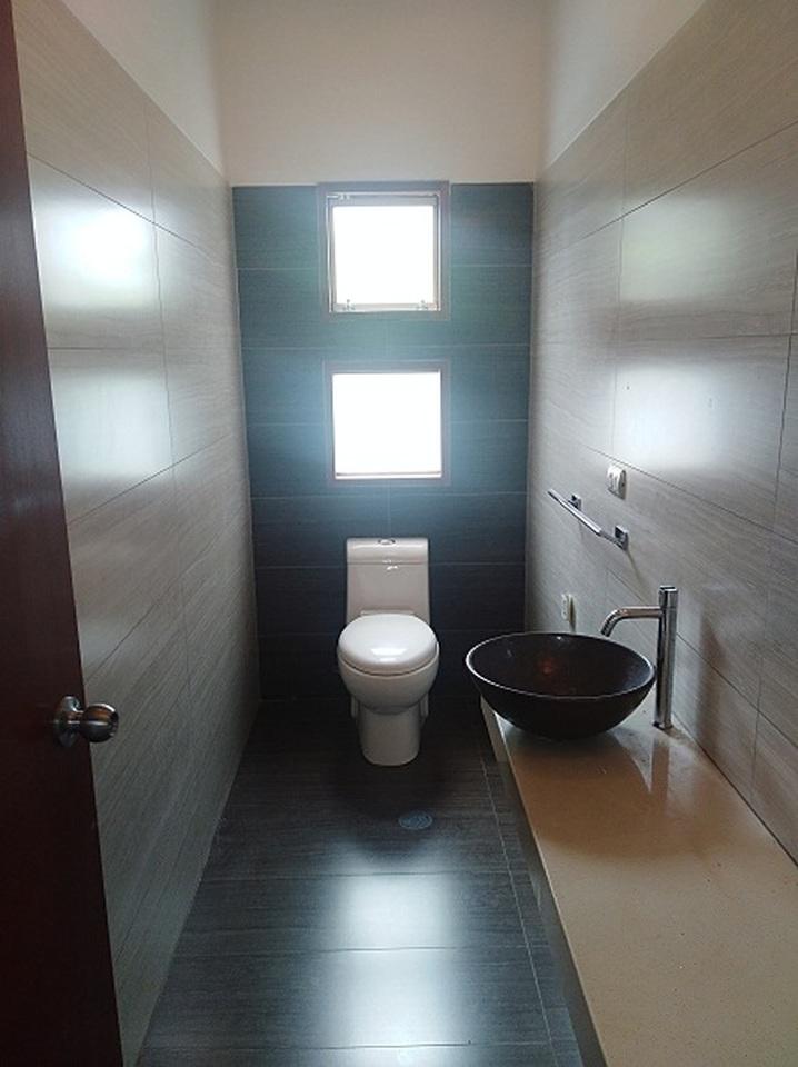Alquiler de Casa en La Molina, Lima - con 1 cuarto servicio