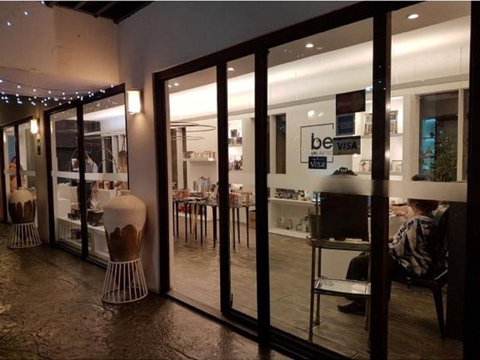Venta de Local en San Isidro, Lima con 3 baños - vista principal