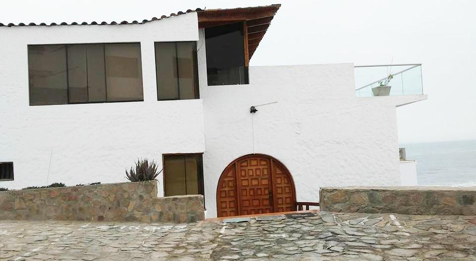 Venta de Casa en Cerro Azul, Lima - vista principal