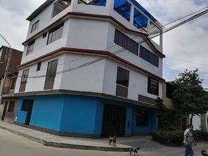 Venta de Casa en San Martin De Porres, Lima con 3 baños - vista principal