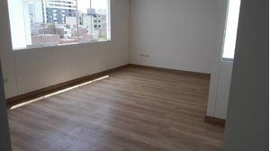 Venta de Departamento en Lince, Lima con 2 baños - vista principal