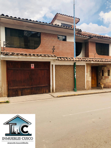 Alquiler de Casa en Santiago, Cusco 299m2 area total - vista principal