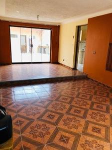 Venta de Casa en Wanchaq, Cusco 180m2 area total - vista principal