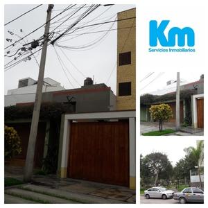 Venta de Casa en Miraflores, Lima 300m2 area total - vista principal