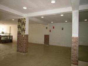 Alquiler de Local en San Juan De Miraflores, Lima con 2 baños - vista principal