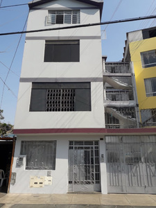 Venta de Departamento en Los Olivos, Lima con 5 dormitorios - vista principal
