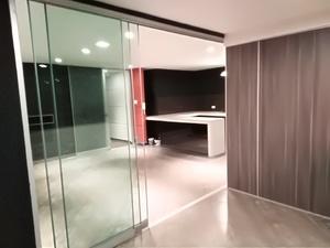 Alquiler de Oficina en La Molina, Lima con 1 baño - vista principal