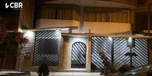Venta de Casa en Comas, Lima con 6 dormitorios - vista principal
