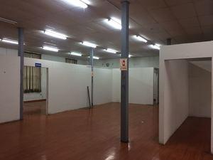 Alquiler de Local en Breña, Lima 1158m2 area total - vista principal