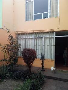 Venta de Casa en Callao 171m2 area total con jardín - vista principal