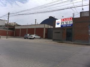 Alquiler de Local en Ate, Lima con 5 baños - vista principal