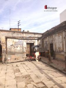 Venta de Casa en Arequipa con 1 estacionamiento 1729m2 area total - vista principal