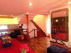 Venta de Casa en Cayma, Arequipa con 3 baños - vista principal