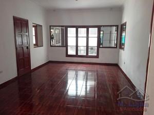 Alquiler de Local en Arequipa con 6 baños con 4 estacionamiento - vista principal