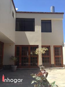 Alquiler de Casa en Cayma, Arequipa con 5 baños - vista principal