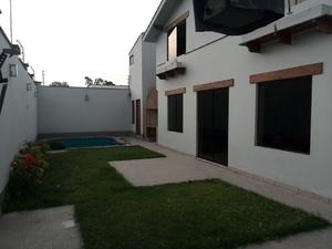 Venta de Casa en Santiago De Surco, Lima con 3 dormitorios - vista principal