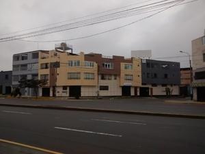 Alquiler de Local en Lima 240m2 area total 360m2 area construida - vista principal