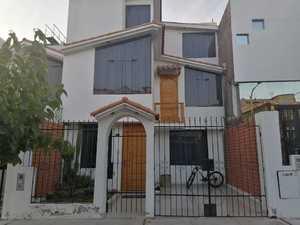 Venta de Casa en Sachaca, Arequipa con 6 dormitorios - vista principal