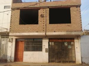 Venta de Casa en Puente Piedra, Lima con 4 dormitorios - vista principal