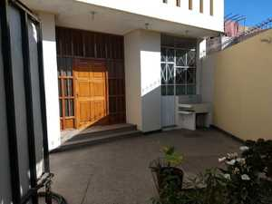 Venta de Local en Jose Luis Bustamante Y Rivero, Arequipa 266m2 area total - vista principal