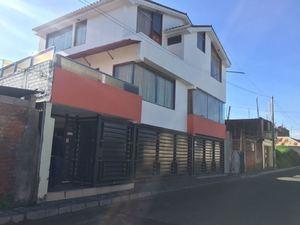 Venta de Casa en Characato, Arequipa con 4 dormitorios - vista principal