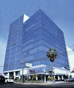 Alquiler de Oficina en Lima con 4 baños 273m2 area total - vista principal