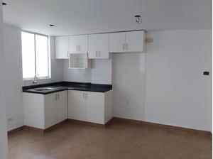 Venta de Departamento en Lima con 3 dormitorios con 1 baño - vista principal